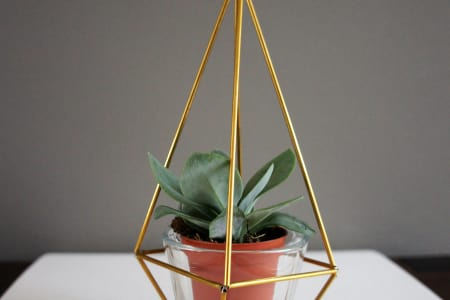 Make your own Geometric Metallic Himmeli Plant Holder