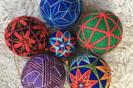 Learn to stitch a Temari Ball!