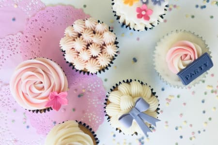 Cupcakes and Buttercream Swirls Class