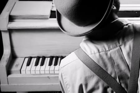 Beginners Blues Piano Lessons with The London Piano Institute