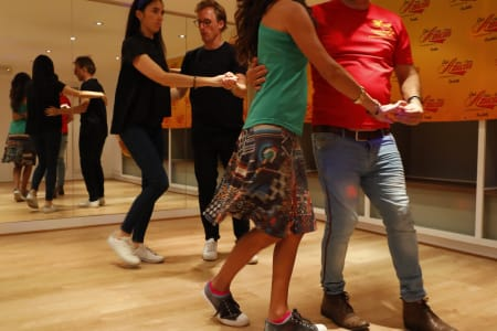 Intermediate Salsa Lessons for Couples & Singles