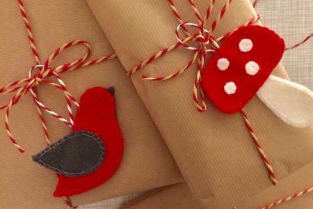 Make felt Christmas Decorations!