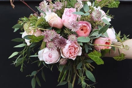 Beginners, Seasonal Hand-Tied Bouquet Workshop