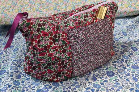 Intro To Sewing – Holiday Wash Bag