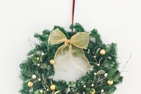 Make Your Own Christmas Wreaths!