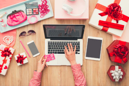 E-Commerce Platforms & Inventory Management (for Fashion Brands)