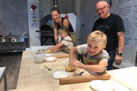 Cooking with your children - Pizza making