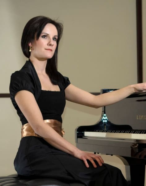 Advanced Piano Lessons by Sandra Kos - music in London