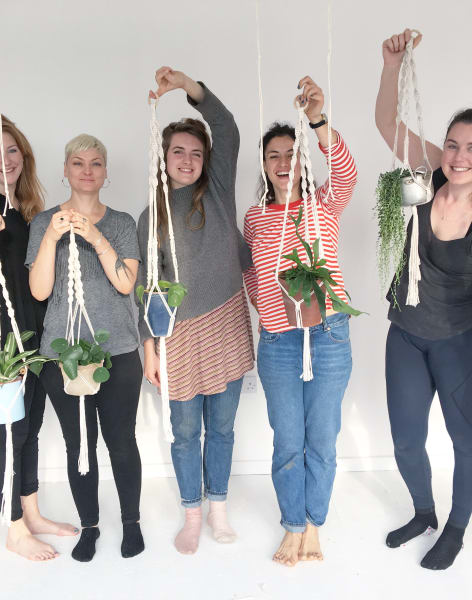 Macrame Plant Hanger Workshop by Huiswerk - crafts in London
