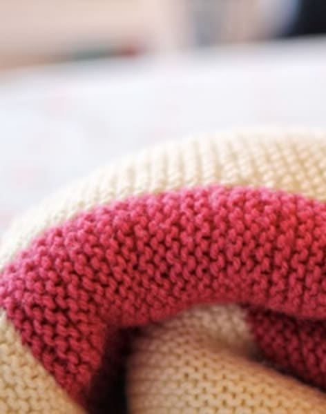 Beginners Knitting: Blanket by Tea & Crafting - crafts in London