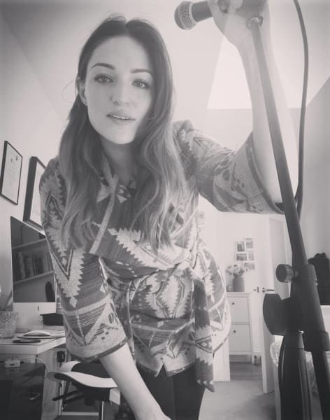 Beginners Singing Lessons by Sing with Hannah - music in London