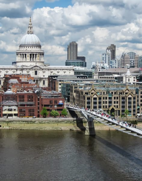 Drawing London, from The Shard to The Tate Modern by Rhiannon Salisbury - art in London