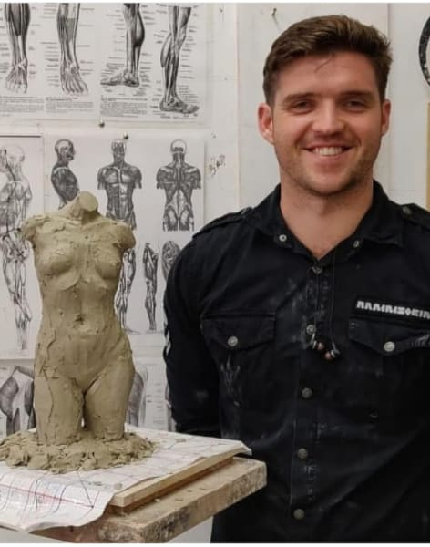 Learn to Sculpt from Pictures by The Figurative Sculpture School - art in London