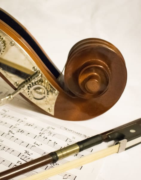 Baroque Violin Lessons by Eleanor Harrison - music in London