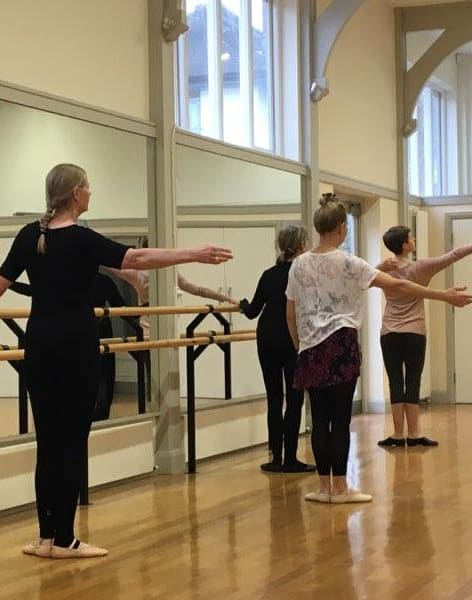 Beginner Ballet Course - Saturday mornings by Ballet 4 Life - dance in London