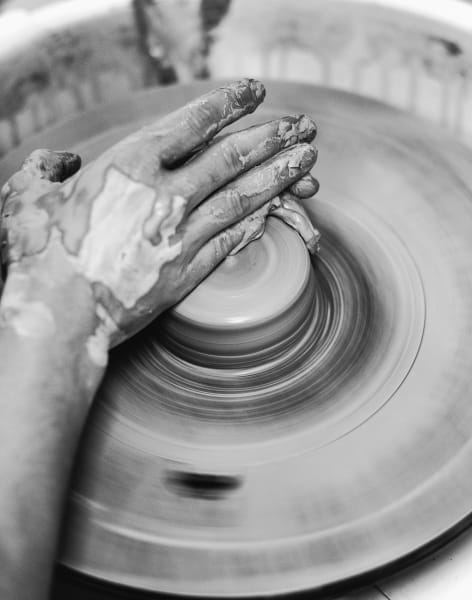 Taster session- Throwing on the pottery wheel by Melisa Dora - art in London
