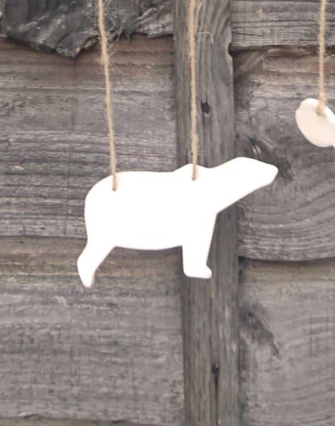 Make a Ceramic Wall Mobile by Sylva Ceramics - art in London