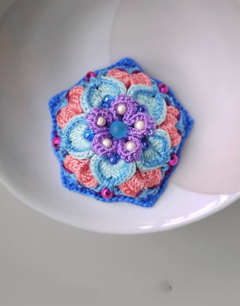 3D Crochet Jewellery Making Workshop by Token Studio - crafts in London