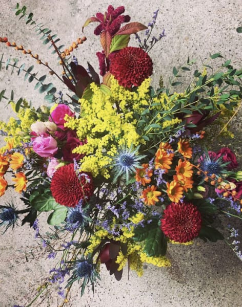 Autumn Handtied Bouquet Workshop  by Gray & Greenery - crafts in London