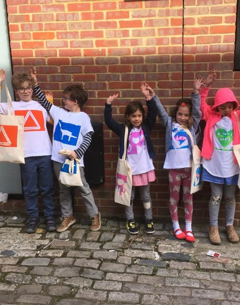 Easy Squeegee Kids - Screen Print Weekend Parties for Children by Helen Rawlinson Design - art in London