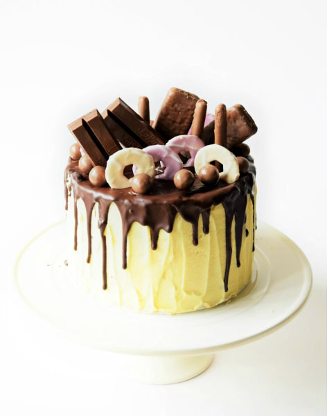 Chocolate Drip Cake Class by The London Cake Academy - food in London