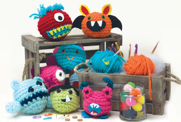 Big Fuzzy - Love Monster Free Crochet Pattern • Spin a Yarn Crochet | 420x620