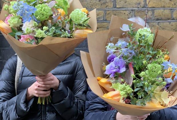 Insider S Tour Of London S Flower Market Skandi Bouquet Making Floristry Workshop Obby