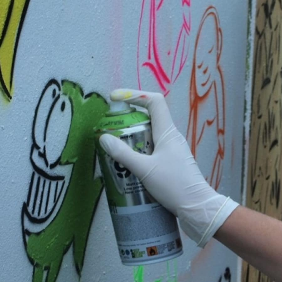 Graffiti Workshop with Street Art Tour: Full Session by Alternative London - art in London