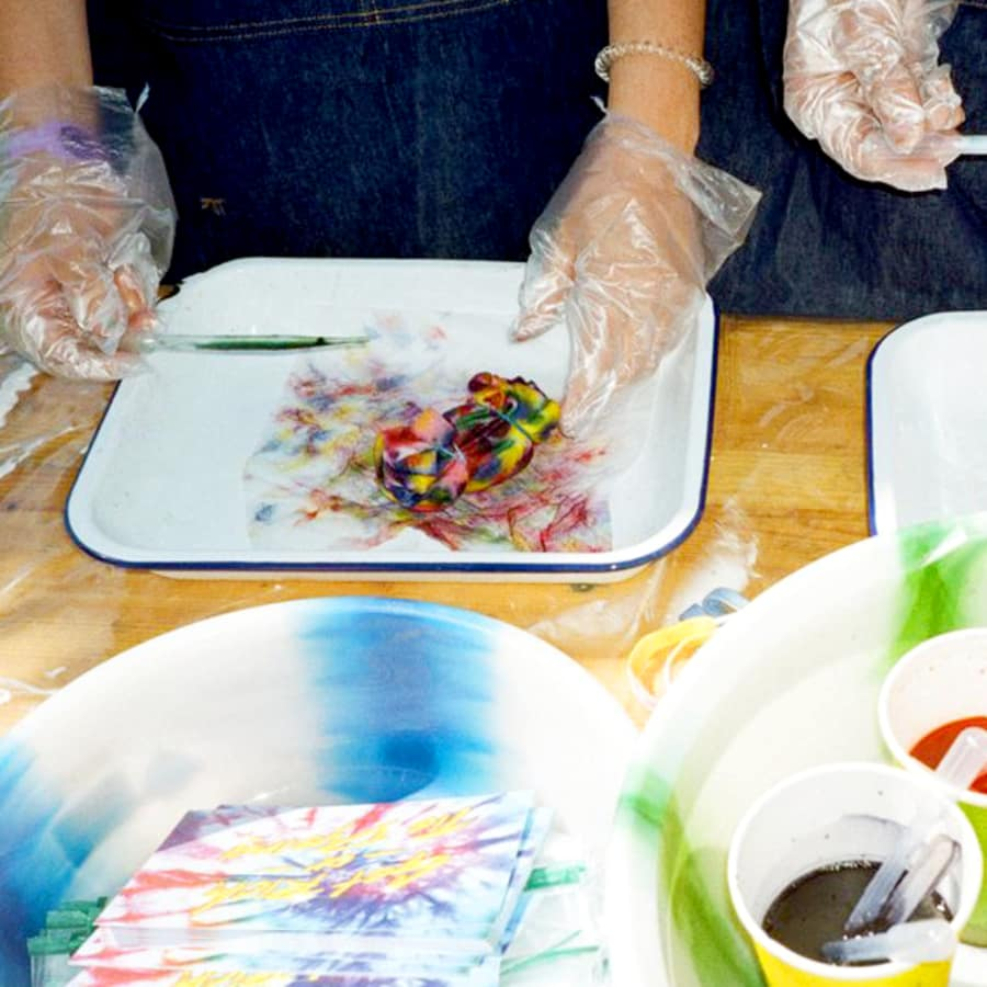 Learn to Tie Dye and Screen Print T-Shirts with Lizzie King by 3rd Rail Print Space - art in London