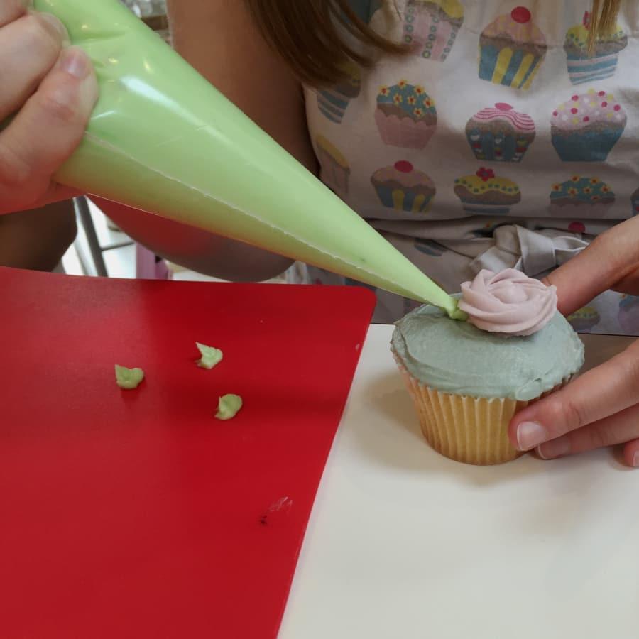 Intermediate Cupcake Decorating by Cookie Girl - food in London
