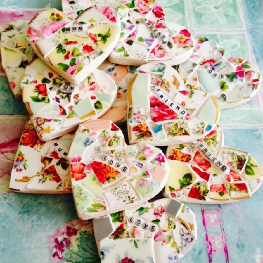 Mosaic Class, Workshop for beginners using Vintage China by The Mosaic Tutor - art in London