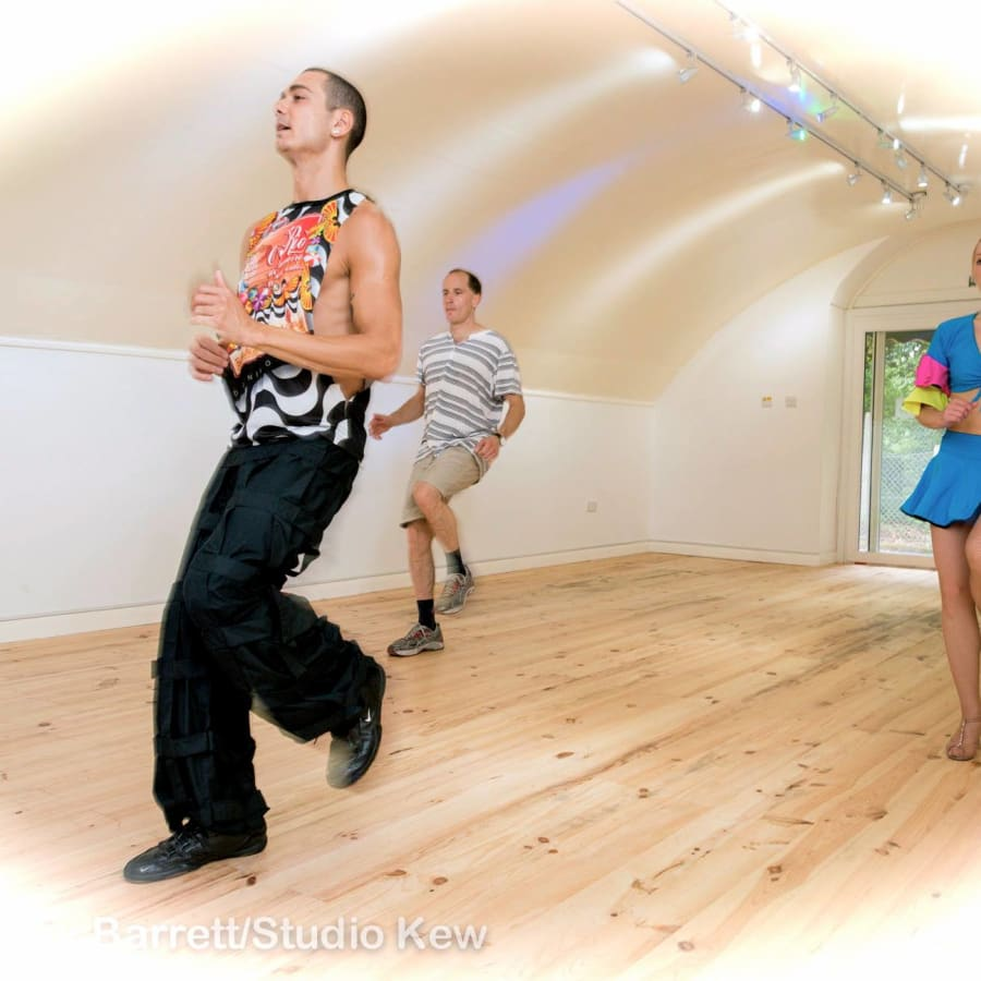 Private Salsa Class by Studio Kew - dance in London