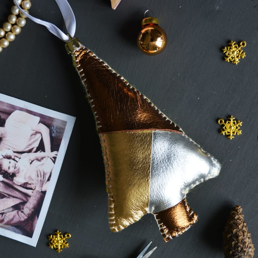 Make An Heirloom Christmas Decoration by London Craft Club - crafts in London