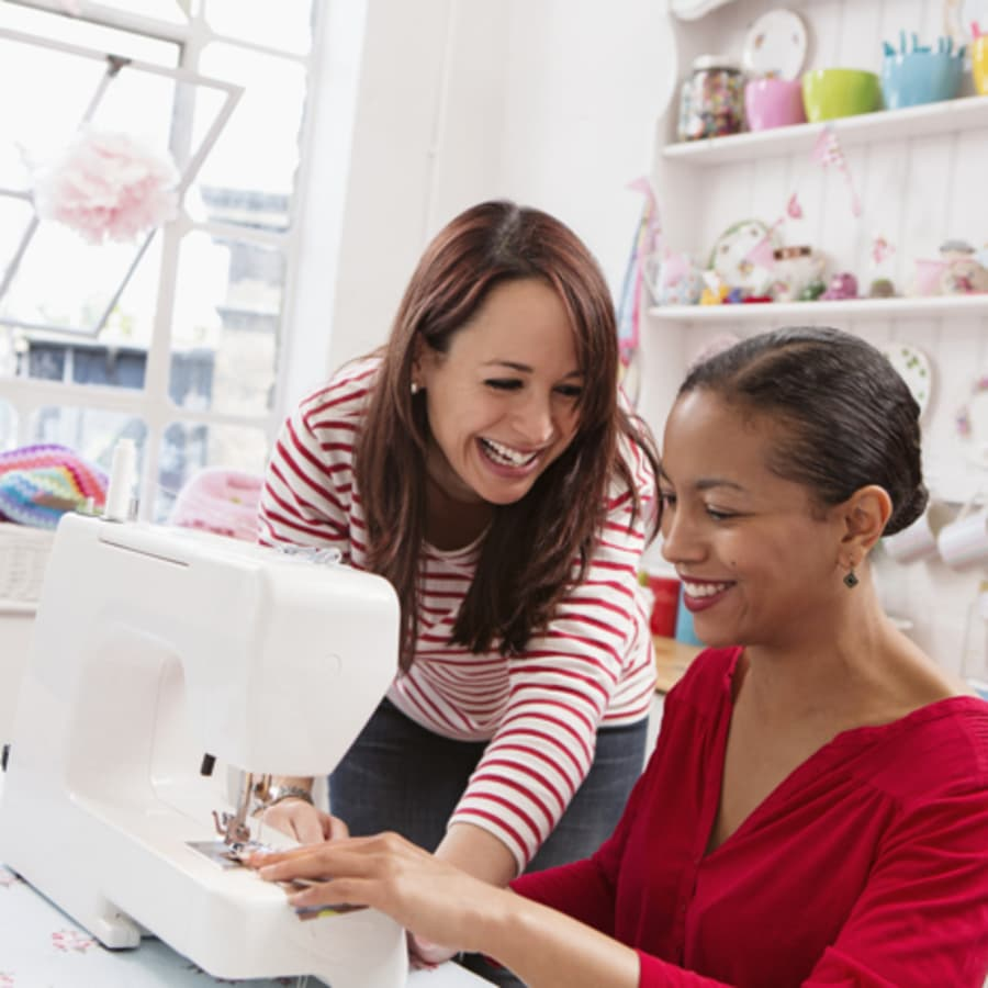 Beginner Sewing Machine Class - Sew a Tote Bag by Tea & Crafting - crafts in London