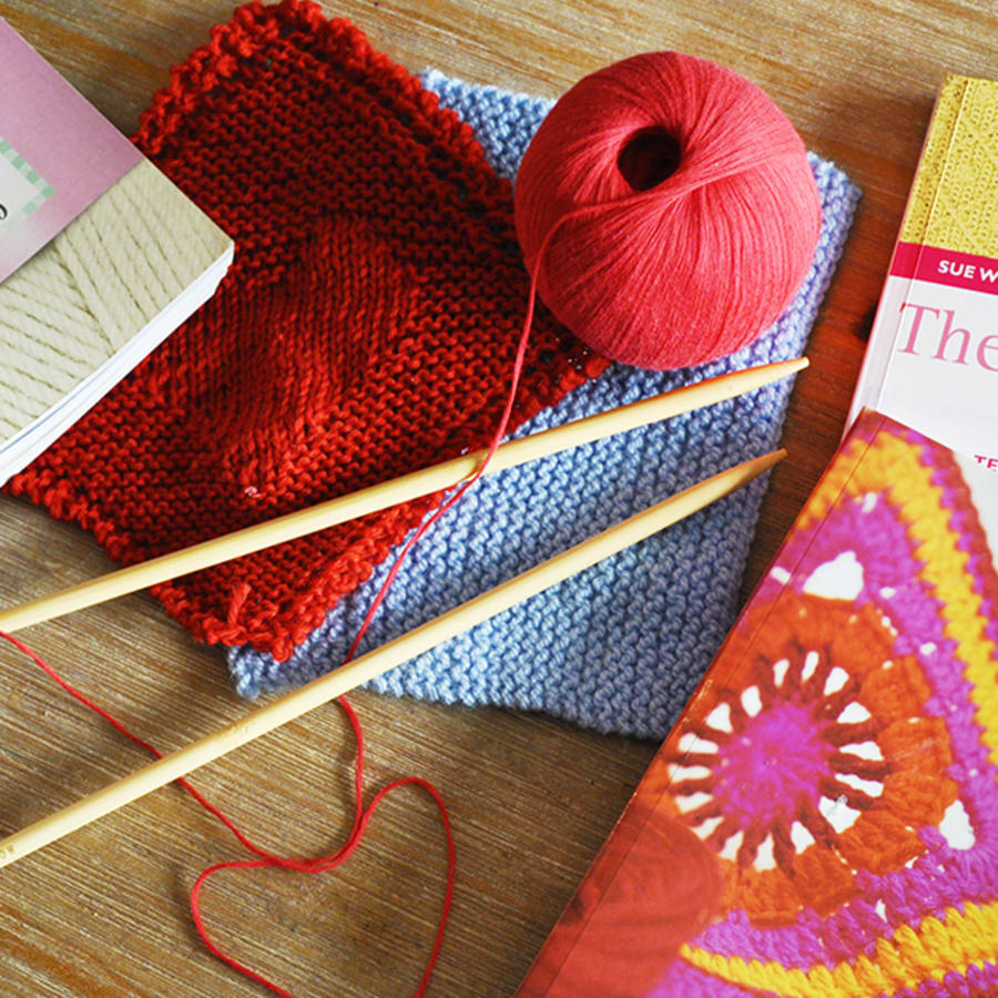 Knitting class for Beginners by Token Studio - crafts in London
