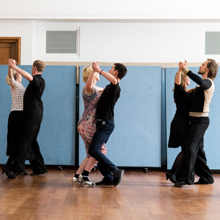 Ballroom and Latin Dance Class for Couples by Simply Dancing Partners - dance in London