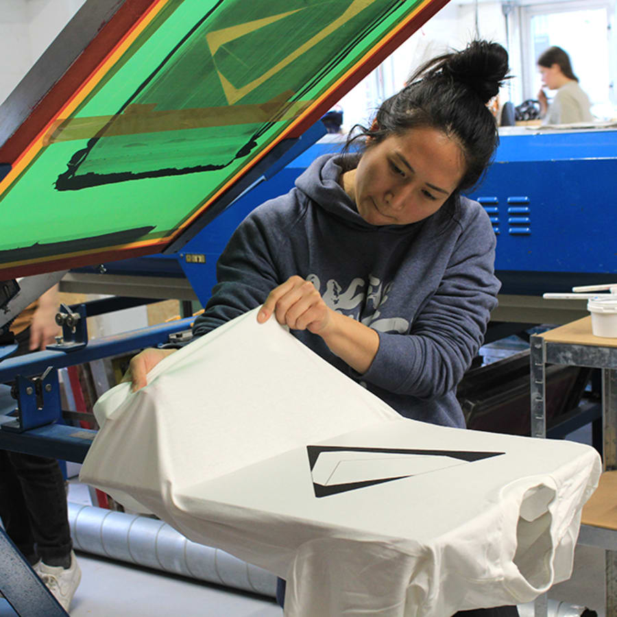 Beginners T-Shirt Screen Printing Workshop by 3rd Rail Print Space - art in London