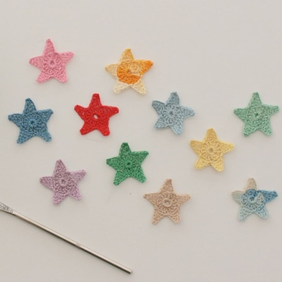 Beginners Crochet: Star Garland by Tea & Crafting - crafts in London