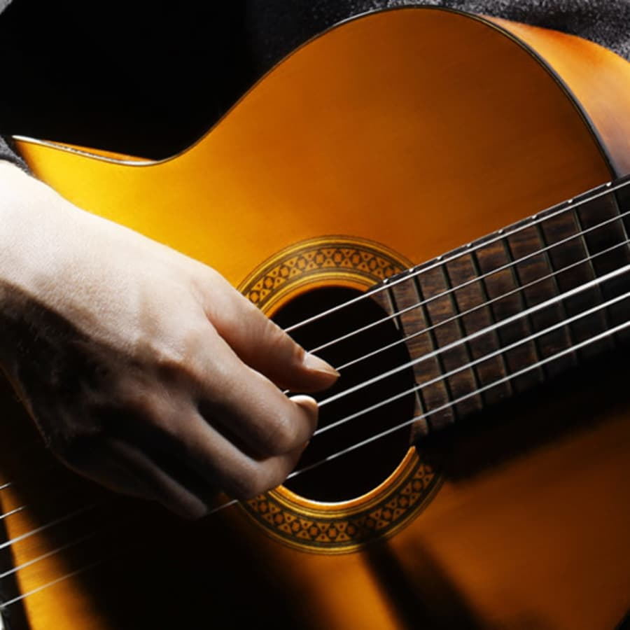 Classical Guitar Lessons by Tony Rath - music in London