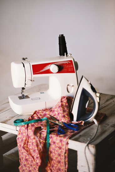 Learn to Sew Taster Session by Seams So Easy - crafts in London