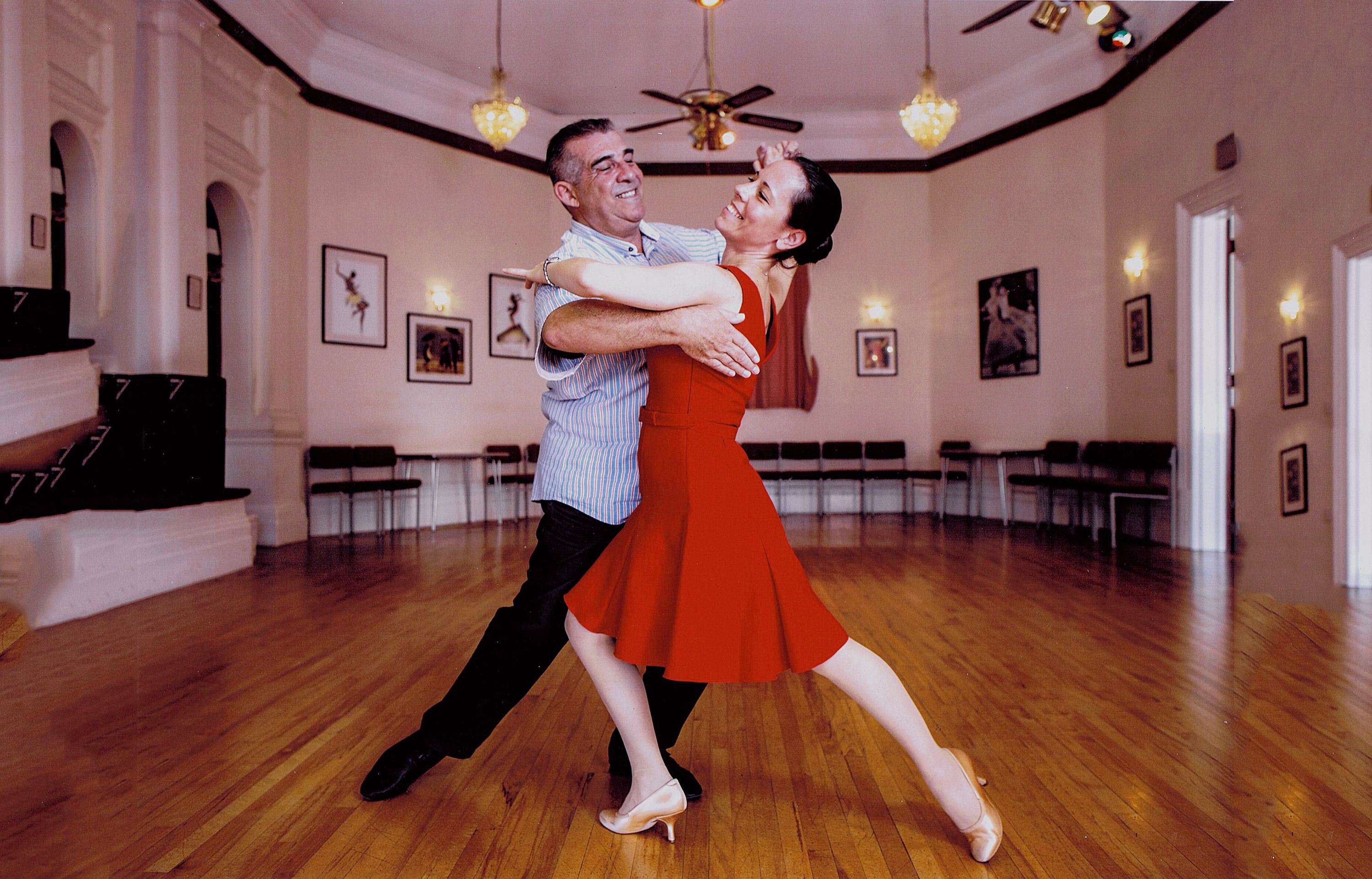 Adult Beginners Latin in Line Classes by Kelly's Dance - dance in London