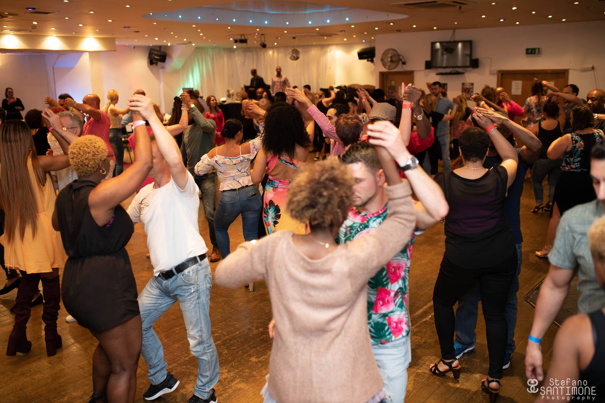Fun Beginners Kizomba Class! by Dsantos Dance UK - dance in London
