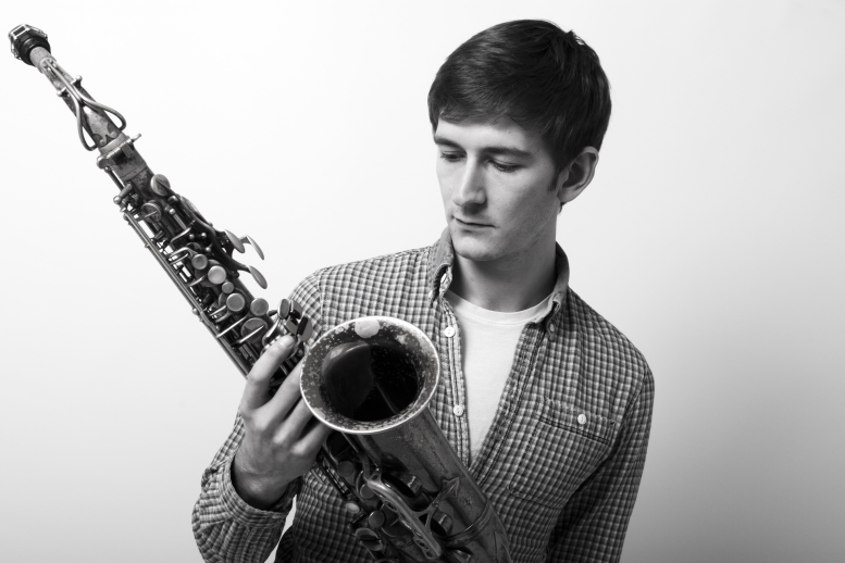 Beginners Saxophone Lessons by Tommy Andrews - music in London