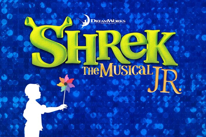 "En illustrasjon med teksten ""Shrek the Musical JR."""