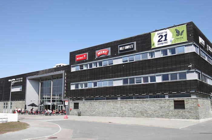 Bilde av fasaden på Tveita senter.