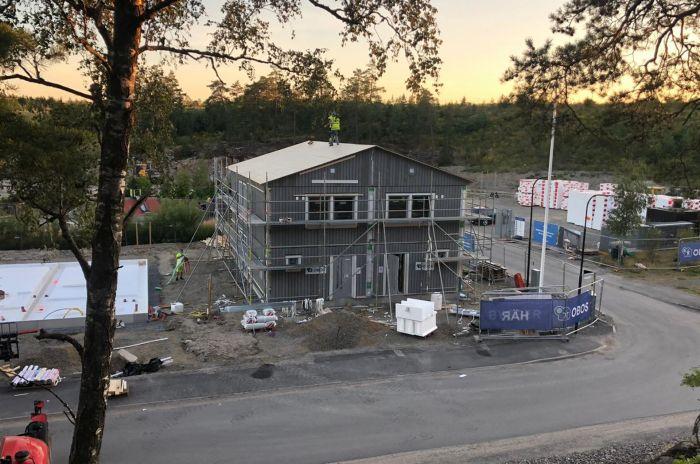Husbyggnation i Huddinge, Länna