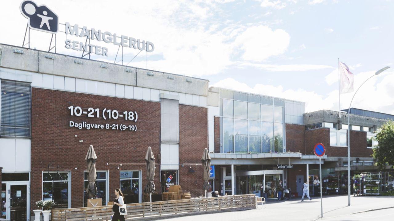 Bilde av fasaden på Manglerud Senter