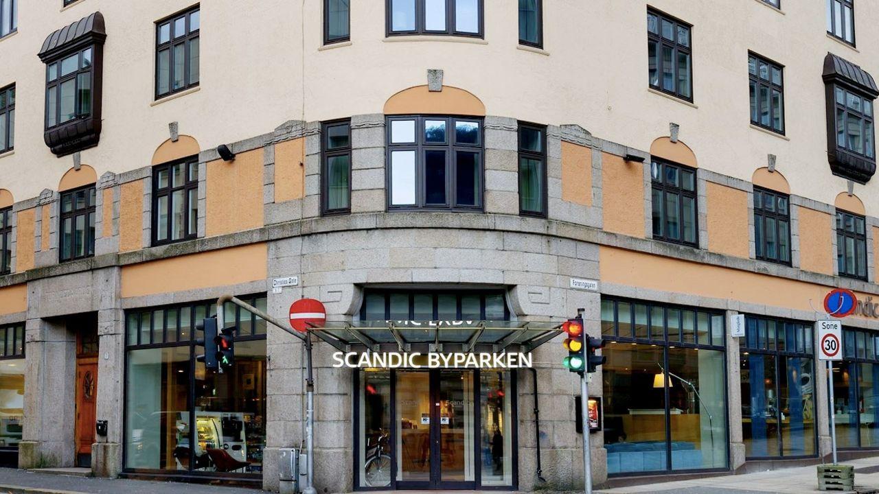 Bilde av fasaden på Scandic Hotel Byparken i Bergen.