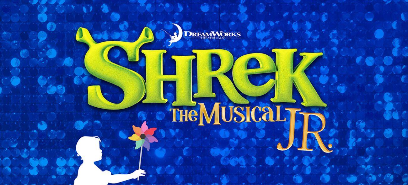 """En illustrasjon med teksten """"Shrek the Musical JR."""""""