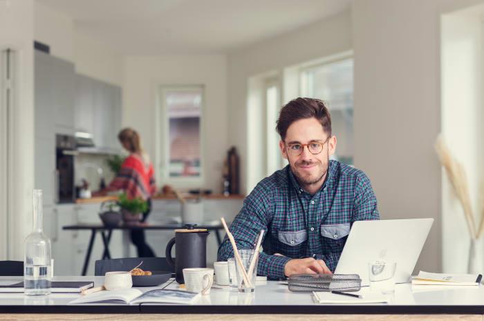 Artikkel om fordeling av husarbeidet i dagens hjem